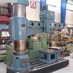 Radiale Bohrmaschine
