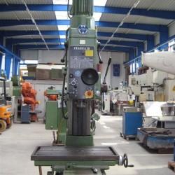 Bohr- und Fräsmaschine