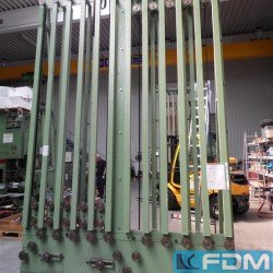 machines for the manufacturing of alumium aerosol cans METZGER UND BECKER PITCH: 19,05 mm/5 inch